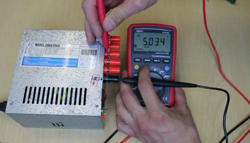 test-power-supply-dengan-multimeter