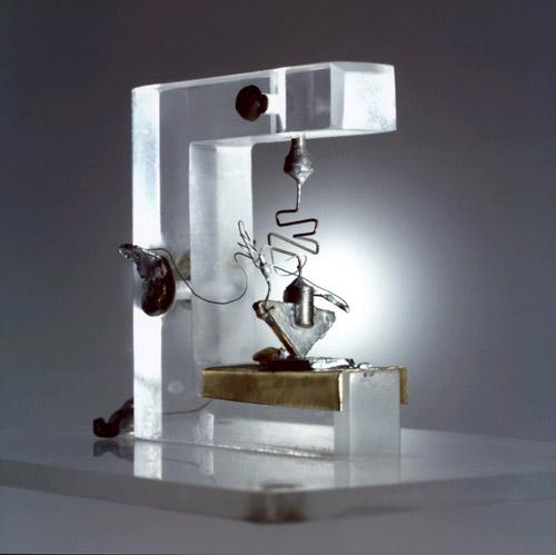sejarah transistor: bentuk transistor pertama kali